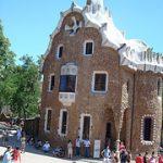 Presos no museu em Barcelona: Armadilha de turista é uma coisa literal na Espanha…