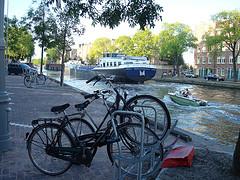 Barcos e bikes