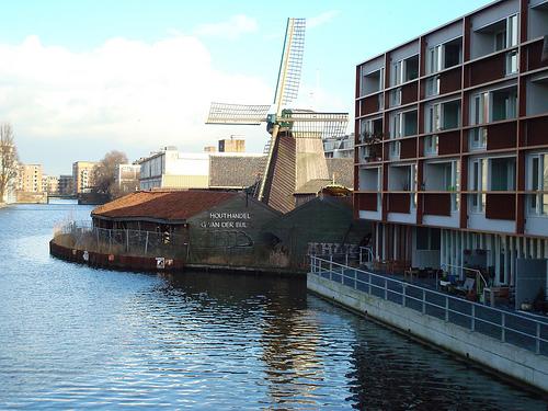 Moinho de vento em Amsterdam - De Otter