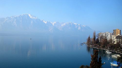 Vista da varanda do hotel em Montreux
