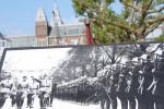 Tropas nazistas na Museumplein em Amsterdam