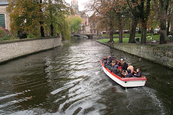 Bruges: passeio de barco