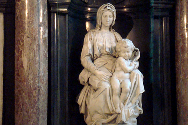 Bruges: madonna with Child Michelangelo