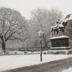 Neve paralisa e transforma a Holanda no fim de 2010