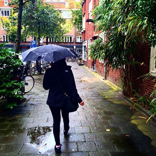 Amsterdam_chuva_caminhada