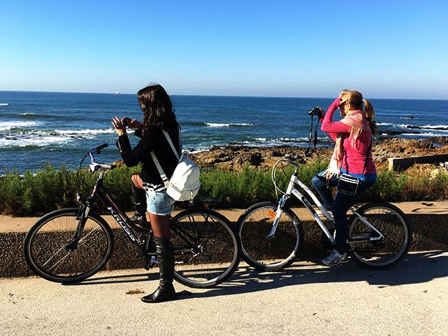 Passeio de bicicleta pela foz do Douro