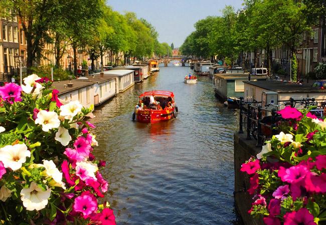 Romance em Amsterdam