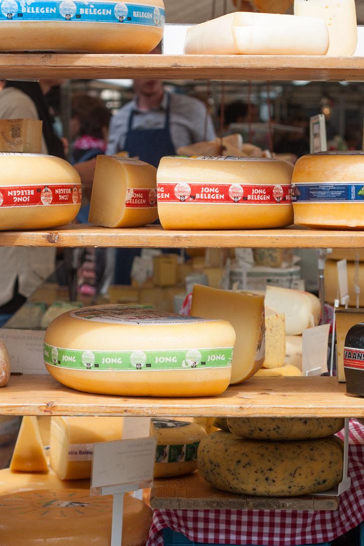 Noordermarkt Amsterdam: Barraca de queijos sensacional na feira de orgânicos