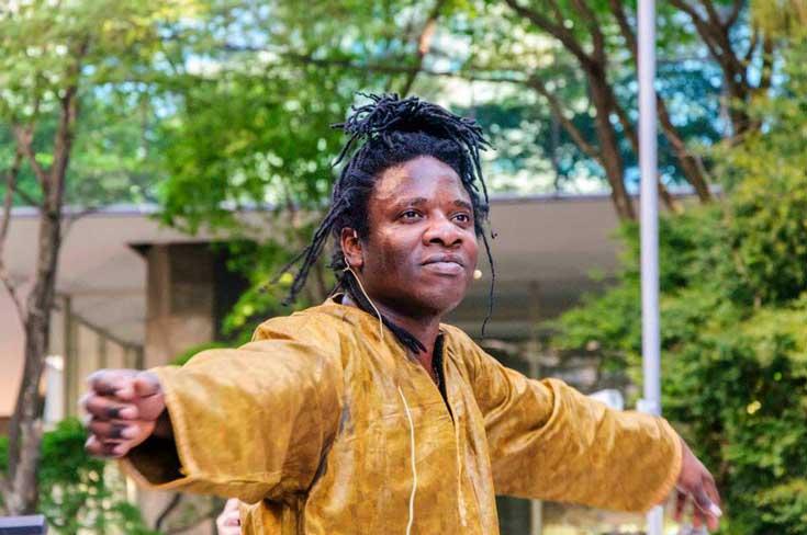 Aboubacar Sidibé dança da Guiné