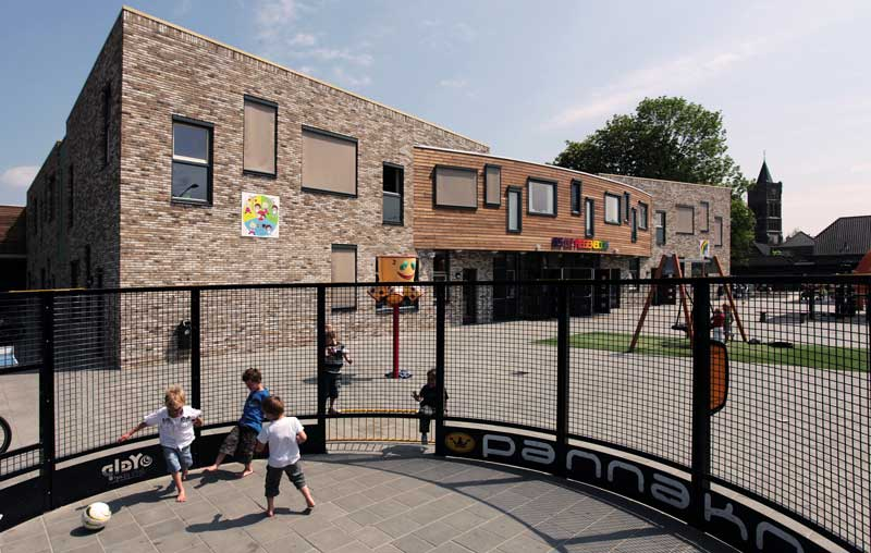 Escola básica e ensino fundamental na Holanda