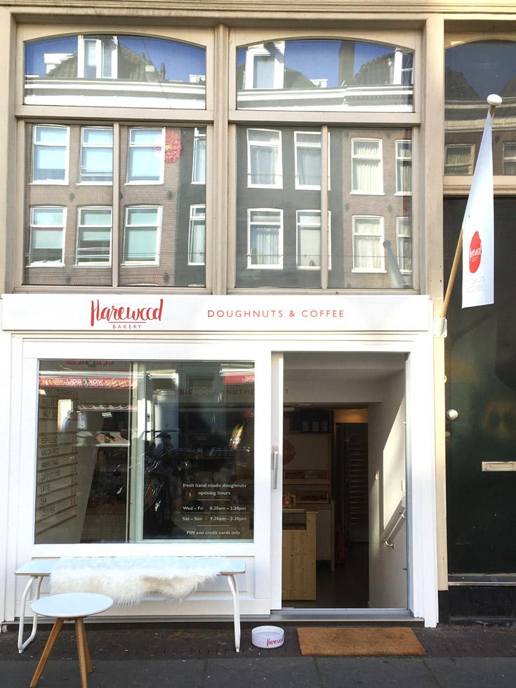 Donuts em Amsterdam, caseiros, fresquinhos e deliciosos feitos com ingredientes de primeira qualidade.