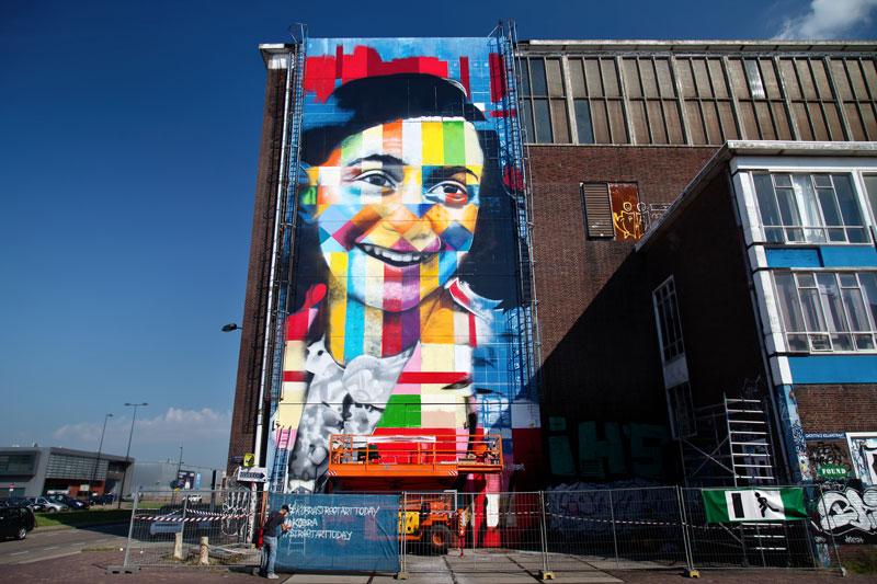 Dicas locais de Amsterdam: Painel da Anne Frank feito por Eduardo Kobra