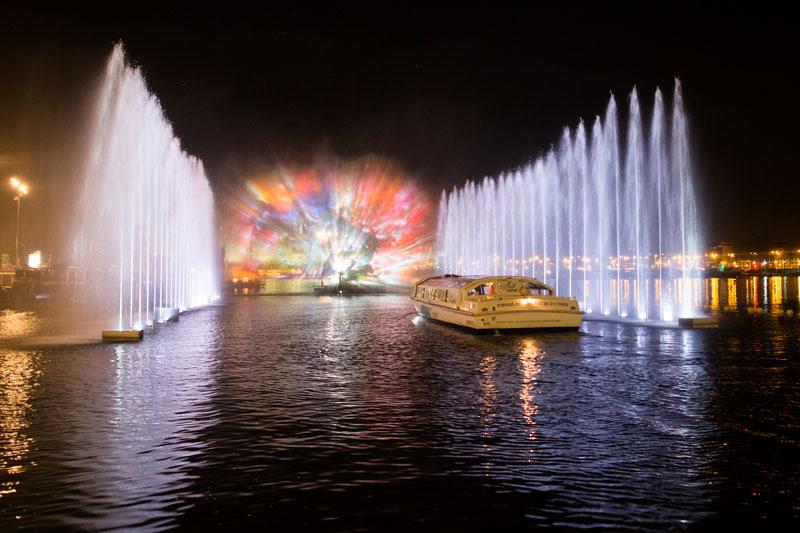 Passeio de barco pelo Festival das Luzes em Amsterdam