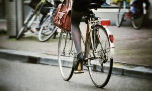 10 Dicas para andar de bicicleta em Amsterdam de maneira segura