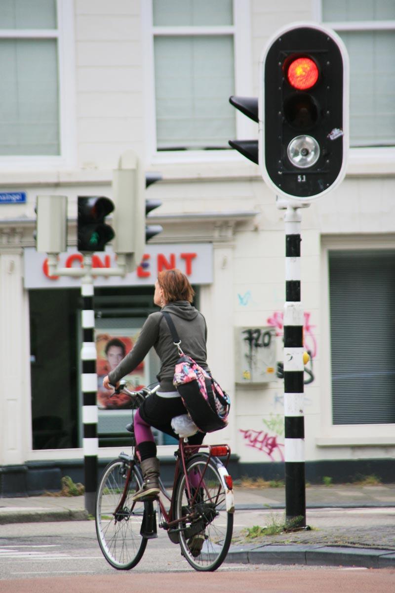 Regras para você pedalar sua bicicleta em Amsterdam