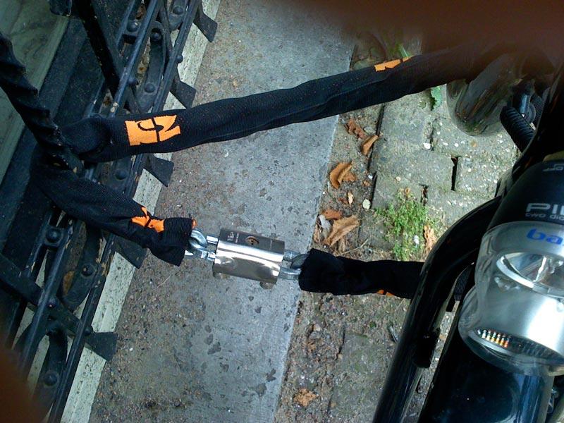 Como travar sua bicicleta em Amsterdam
