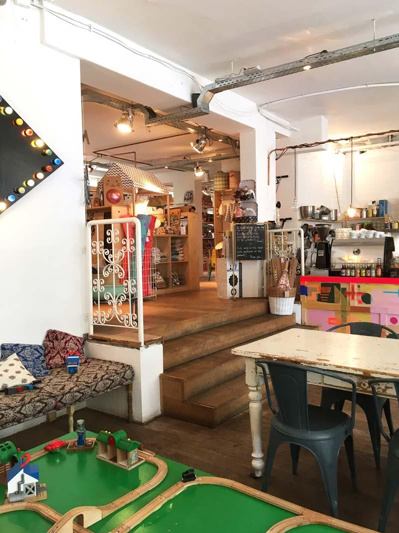 MiniMarkt: conceito de loja e café para crianças