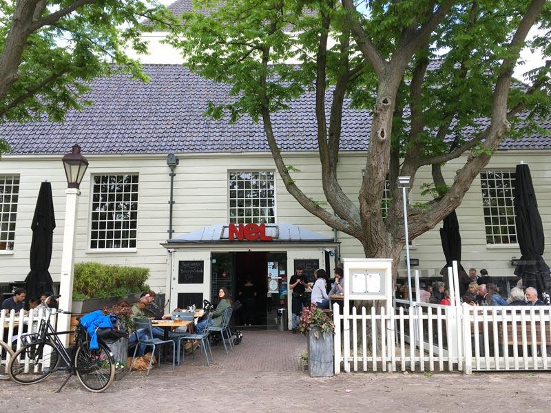 Brasserie Nel, um restaurante perfeito para famílias em Amsterdam.