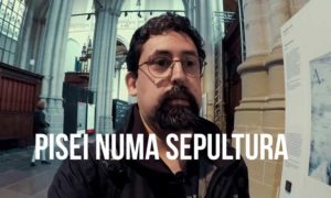 Vlog Ducs #012: Fui visitar uma exposição de fotos e acabei pisando em Sepulturas…