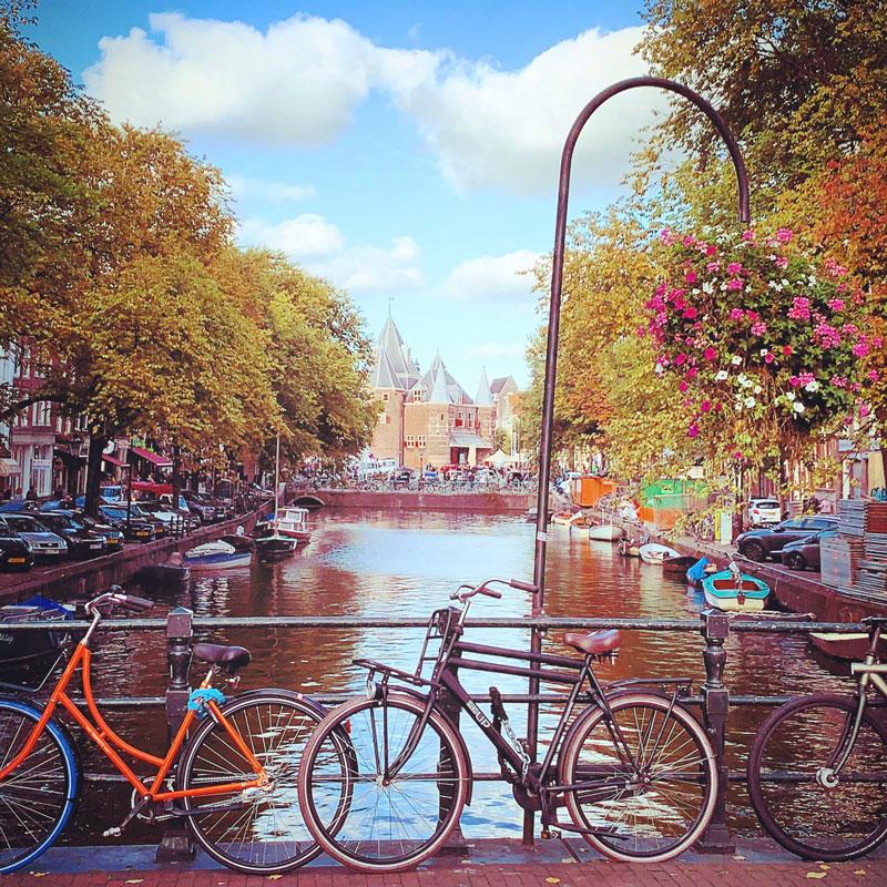 De Waag, uma atração turística em Amsterdam